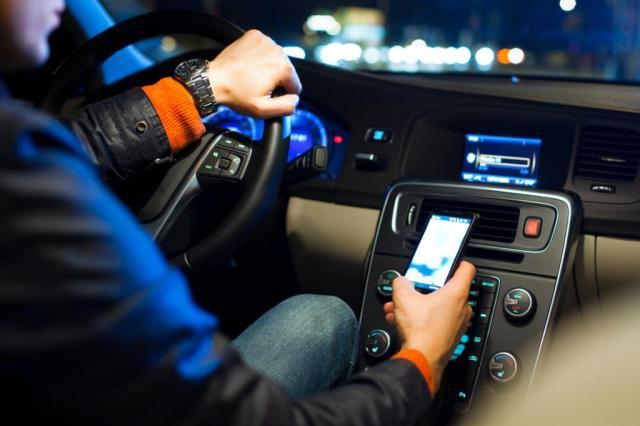 dirigir celular