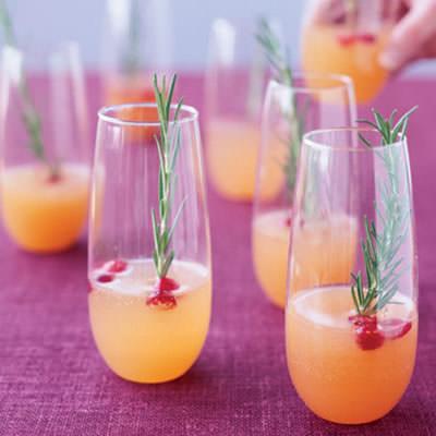 champanhe-e-framboesa-com-sumo-de-pera
