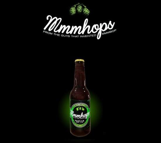 Pois bem, no final de semana passado os irmãos lançaram uma marca de cerveja com o nome da música que os tirou do anonimato.